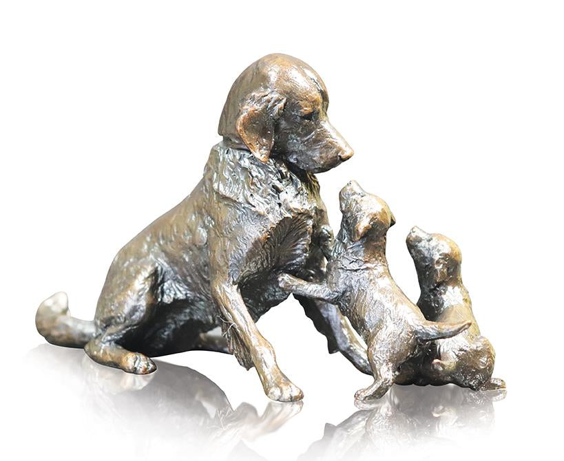 Richard Cooper 1068 solid bronze retriever with puppies
