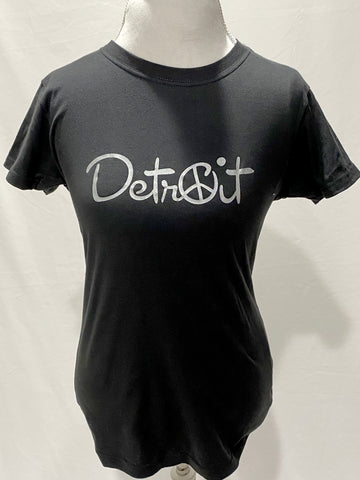 Women's Silver Peace Detroit t-shirt