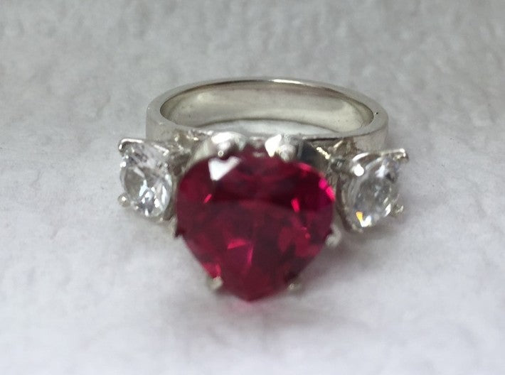 DIY Heart-Shaped 3 Gem Silver Ring (in 26 sizes) 3d printed Ruby and White Zircon (not included)