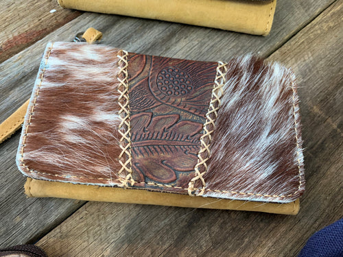 CELL PHONE WALLET W/COWHIDE