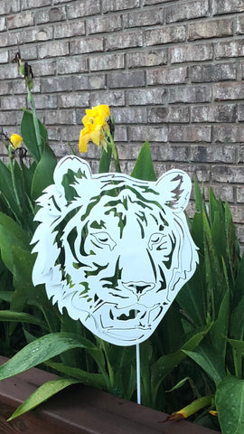 Metal Tiger - Yard Stake - Metal Wall Art
