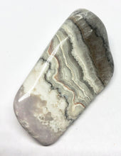 Load image into Gallery viewer, Drusy Lace Agate 35g Crystal Healing, Chakra, Aura, Reiki - Higher Vibe Crystals