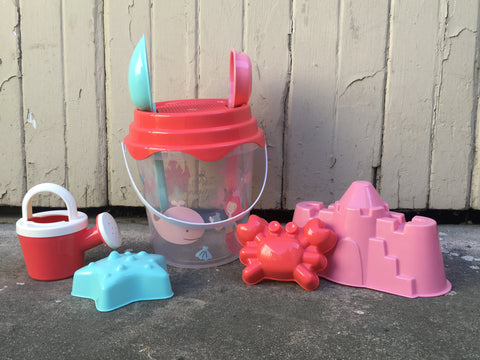 Mermaid Bucket Playset - 8 pieces