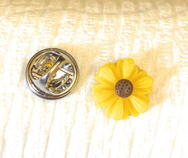 Dainty Sunflower Pin