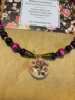 Floral Button and Beads Necklace