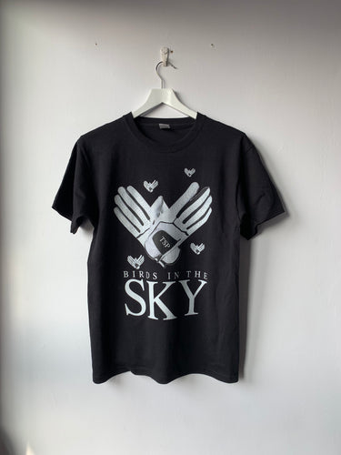 TSP146 BIRDS IN THE SKY (BLACK VERSION)