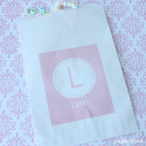 Scallop Initial Paper Favor Bag