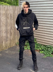 Full-body styling black stacked pants