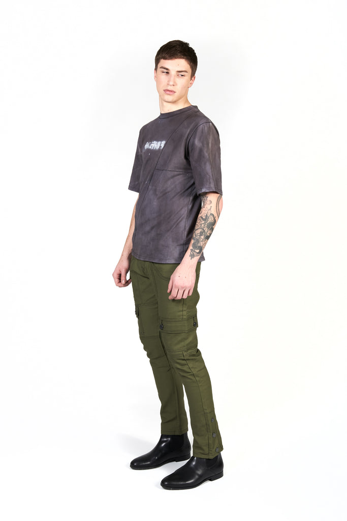 full body shot of model wearing recruit tee styled with the daniel olive jean