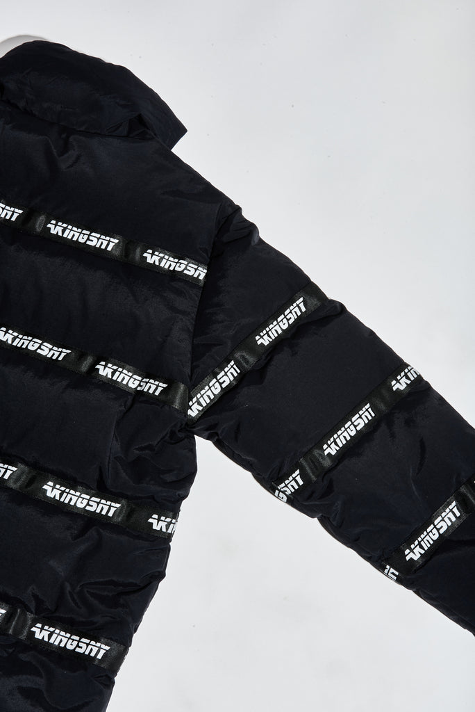 LOGO PUFFER JACKET BLACK - AKINGS