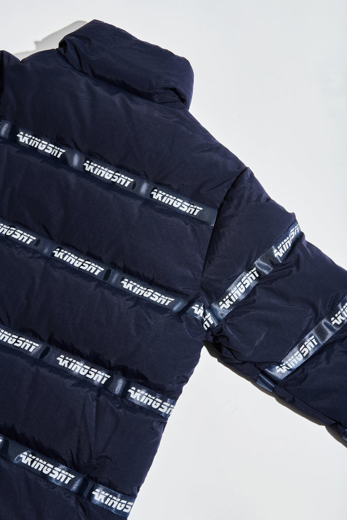 LOGO PUFFER JACKET NAVY - AKINGS