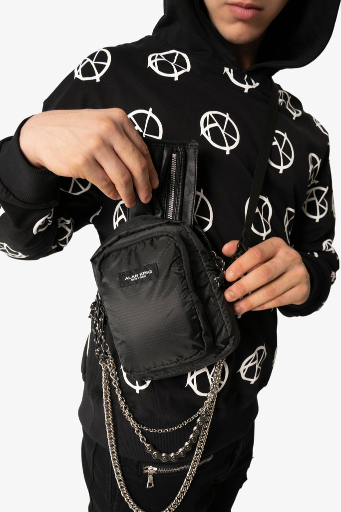 BLACK NYLON CHAIN BAG - AKINGS