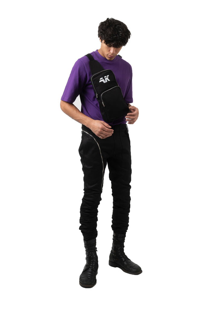 PURPLE TAG TEE FULL BODY