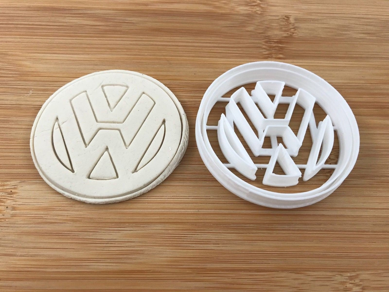 Vw Automotive 005 Cookie Fondant Cutter Cake Decorating 5 5 Cm 7 5 Cm