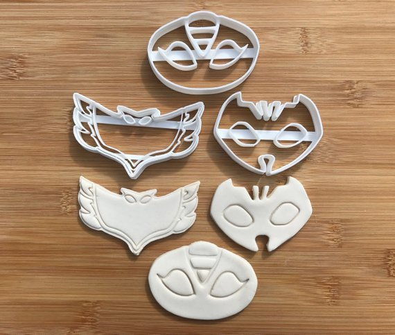 Pj 005 SYMBOLS Uk Seller Plastic Biscuit Cookie Cutter Fondant Cake Decorating UK SELLER