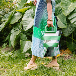 SEE-THROUGH SUMMER TOTE