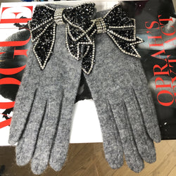 Grey Rhinestone Bow Gloves