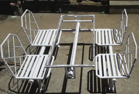 IRON SLIDING TABLE WITH CHAIR