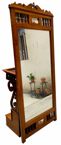 WOODEN MAHARAJA LOOKING MIRROR DESIGN
