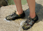 Mesh Self-Lacing Water Shoes