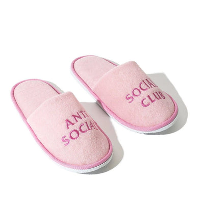 ASSC NO SHOES PINK SLIPPERS (NEW) ONE SIZE