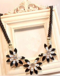 Flower Choker Necklace For Women