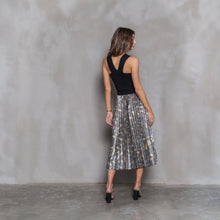 Load image into Gallery viewer, Metallic gold leaf skirt