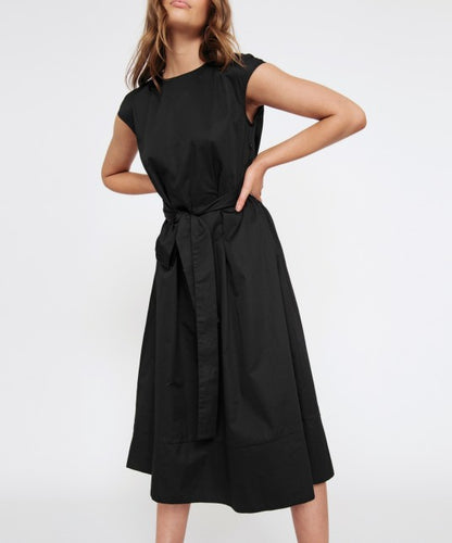 Neevah Dress Black