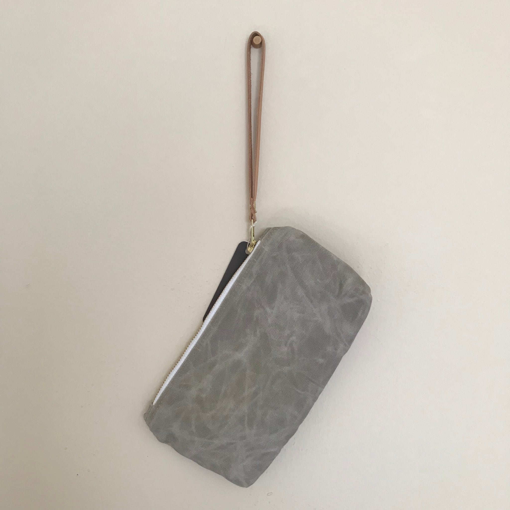 Waxed Canvas Clutch - Aluminum