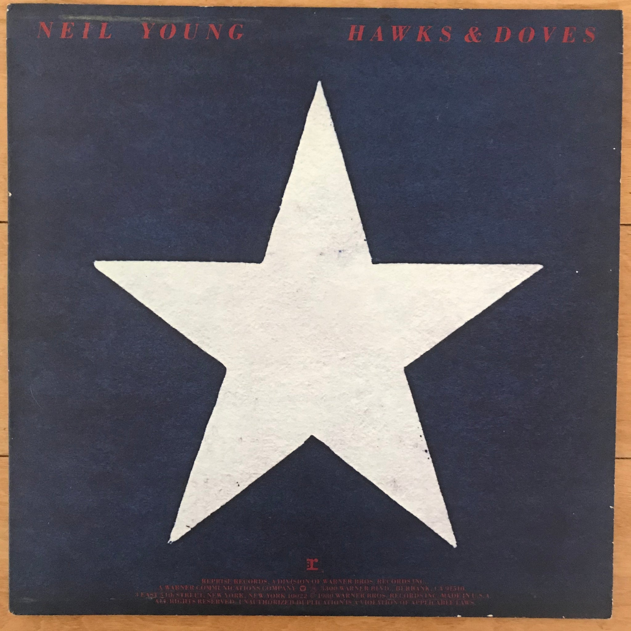 Neil Young - Hawks & Doves (USED LP)
