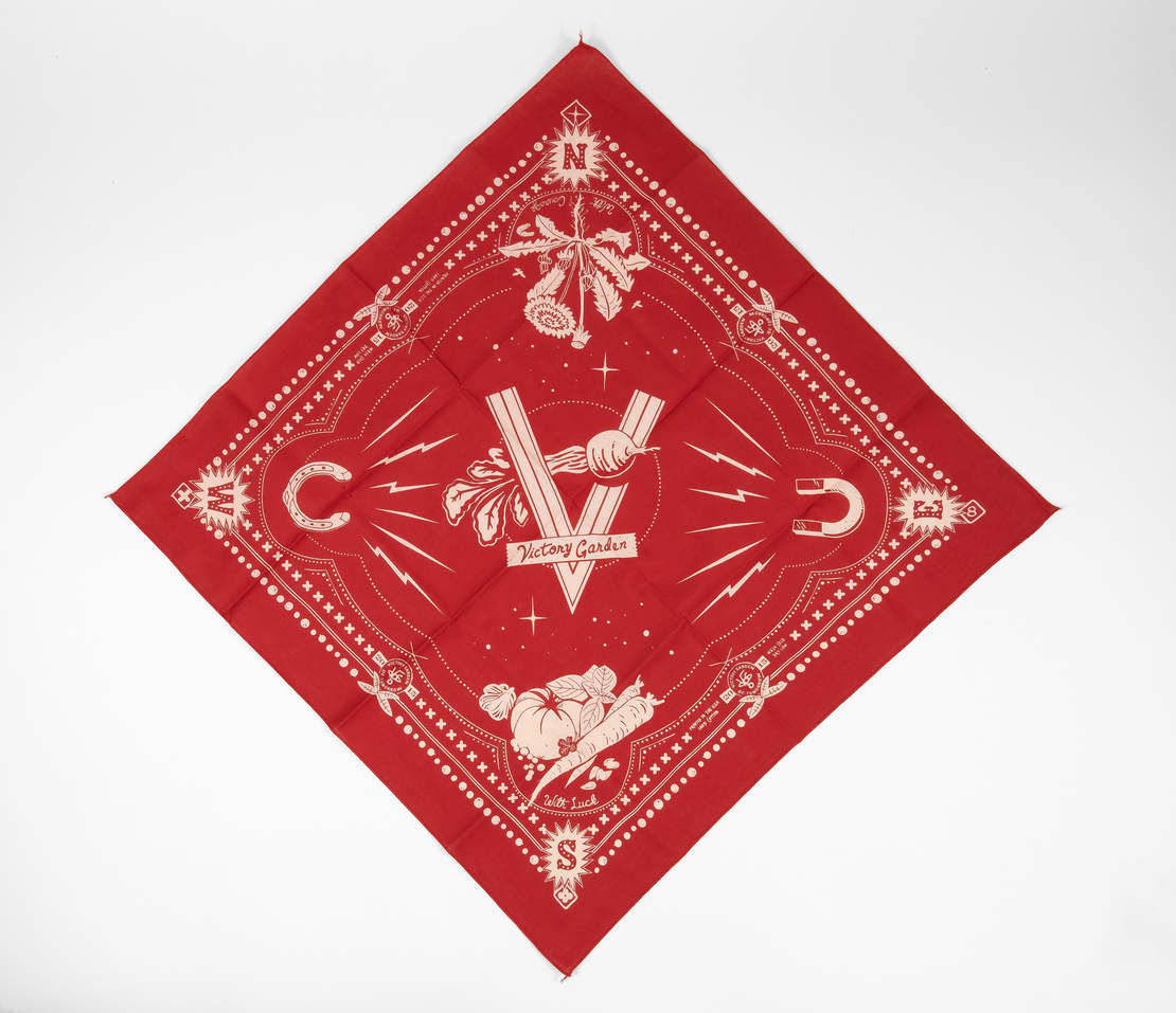 Lucky Bandana - Red
