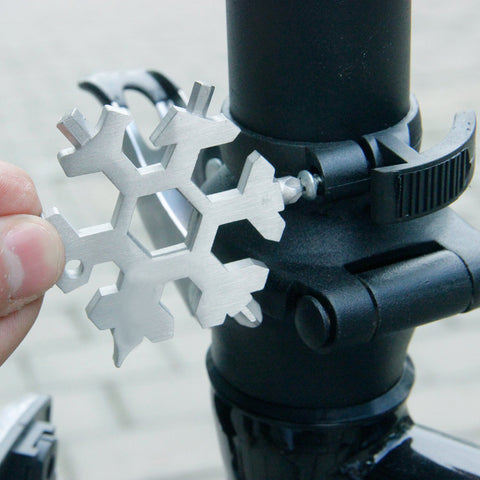 Image of YIJIAOYUN 15-in-1 Stainless Multi-tool