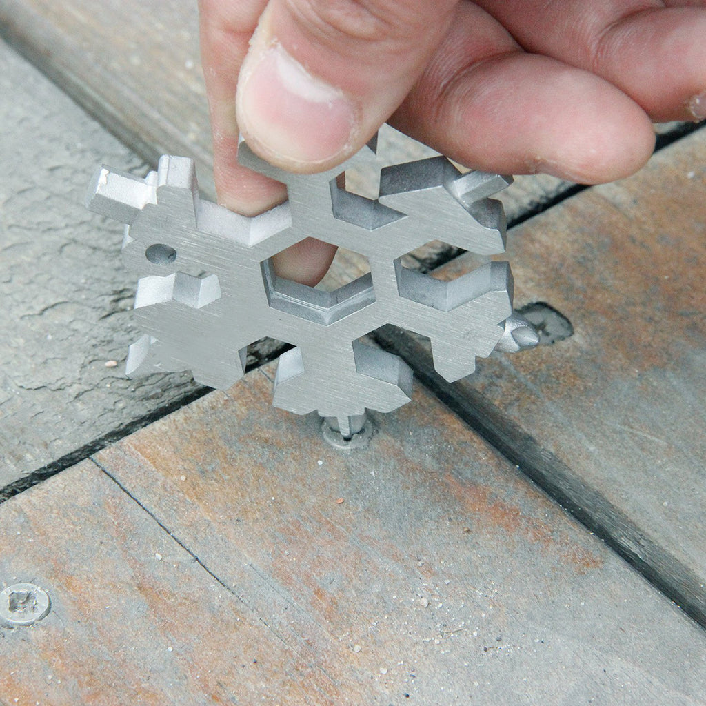 YIJIAOYUN 15-in-1 Stainless Multi-tool