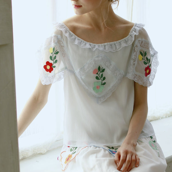 Lolita's Silk Embroidery Lace Top