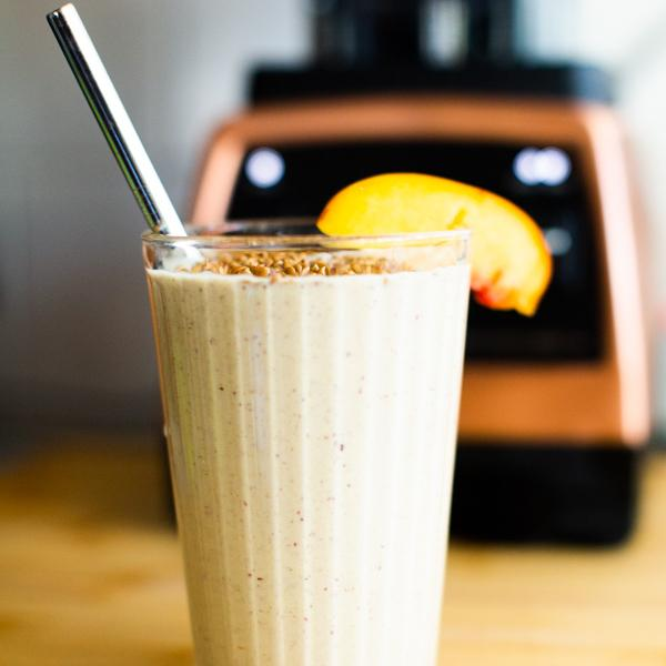 Whole30 Peach Tahini Smoothie Recipe