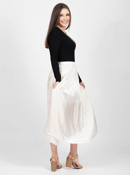 Snow Flurries Cream Skirt