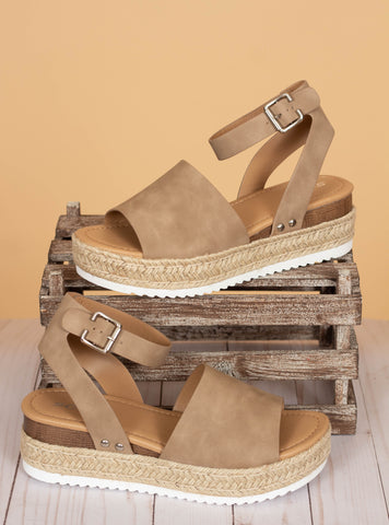The Topic Sandals - Natural