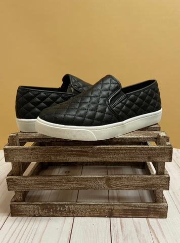 The Envy Slip On - Black