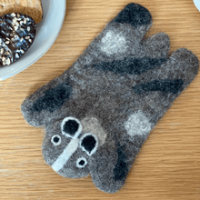 Load image into Gallery viewer, badger-cute-felt-wool-coaster