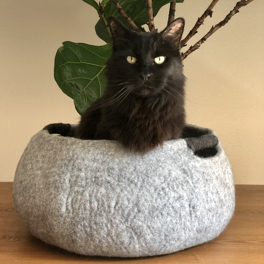 handmade wool cat bed