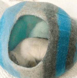 Natural felt wool cat cave cat bed