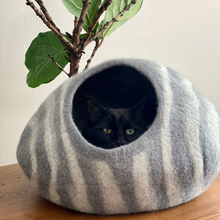 Load image into Gallery viewer, Wool Cat Cave Bed House Gray Stripes Bagsymine