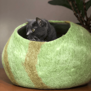 Wool Cat Cave Bed House green