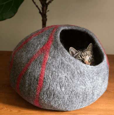 handmade natural wool cat bed