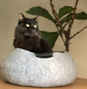 eco friendly wool cat basket