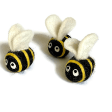 Load image into Gallery viewer, wool-felt-bees