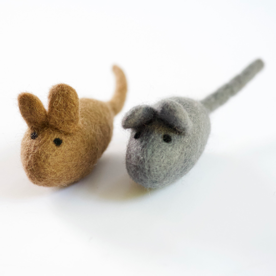 Wool Cat Toy / Kitten Toy - MOUSE