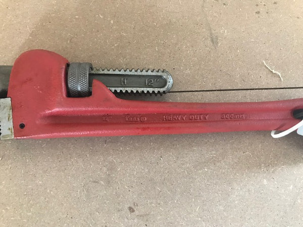 "12"" HEAVY DUTY PIPE WRENCH"