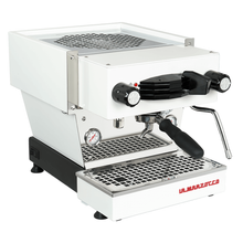Laden Sie das Bild in den Galerie-Viewer, La Marzocco Linea Mini Espressomaschine