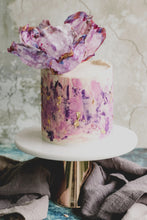 Load image into Gallery viewer, Hands-on Orange Velvet Low-Sugar Buttercream Cake with Hand-Made Edible Flower Topper Workshop